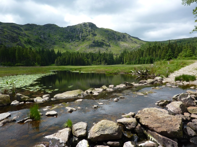 Lunch stop at Harrop Tarn